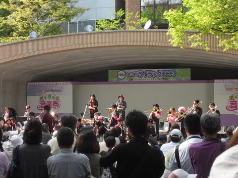 7fcb4d5a s - 札幌大通公園 ~ライラック祭り2013 前編~