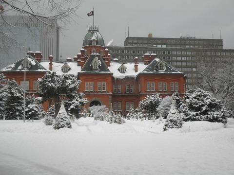 8050df5f s - 札幌雪祭り準備+冬の時計台他