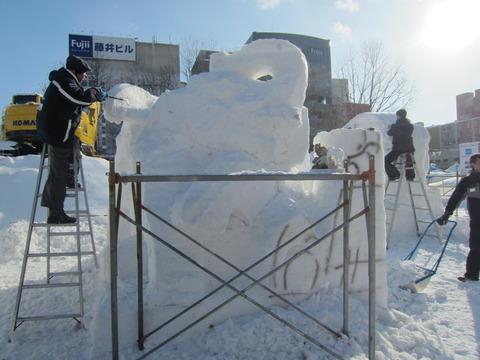8ca87f6f s - 2013年 さっぽろ雪祭りPart3 ~雪像の作り方~