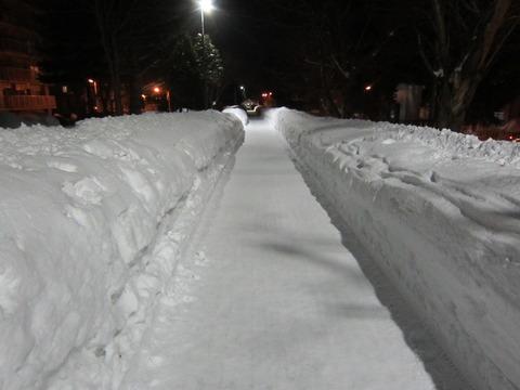 96212861 s - 北海道の道ってツルツル滑る?