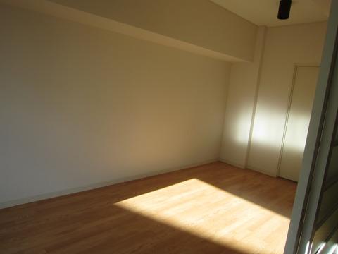 b23305bb s - 札幌中心部への引越/生活費の変化02 ~旧宅と新居の内装比較~