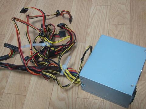e66cf21a s - パソコンの電源ユニットを交換しました