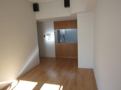 f73139cb s - 札幌中心部への引越/生活費の変化02 ~旧宅と新居の内装比較~